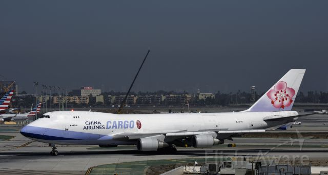 Boeing 747-400 (B-18719) - Arriving at LAX on 25L