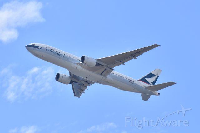 Boeing 777-200 (B-HNC)