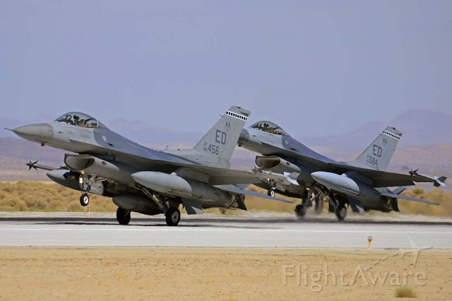 Lockheed F-16 Fighting Falcon (88-9456) - General Dynamics F-16C Block 40C Fighting Falcon 88-9456 and F-16A Block 15A Fighting Falcon 80-0584 of the 412th Test Wing at Edwards Air Force Base on September 20, 2012.