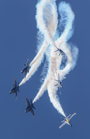 McDonnell Douglas FA-18 Hornet — - Blue angels performing a twisting dive at Sun and Fun air show.
