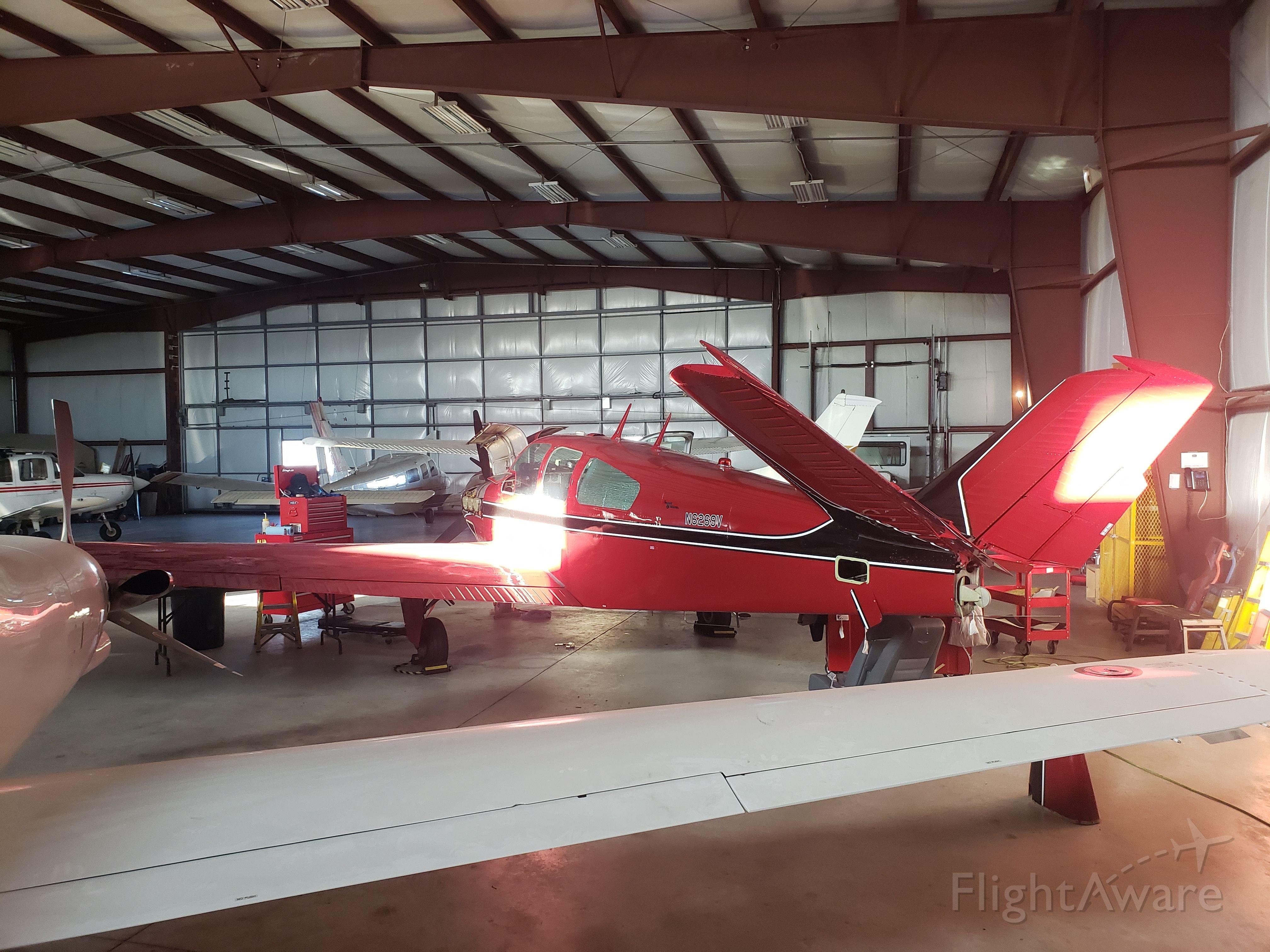 Beechcraft 35 Bonanza (N6269V) - Inspection and maintenance.