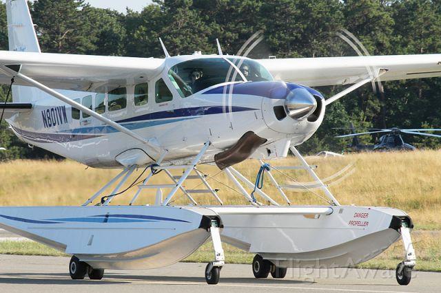 Cessna Caravan (N801VW) - KHTO