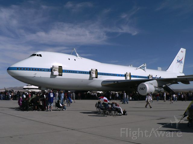 BOEING 747-100 (N905NA) - Oct. 28, 2006 - Edwards AFBs open house and air show