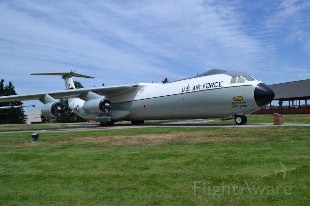 Lockheed C-141 Starlifter (0277)