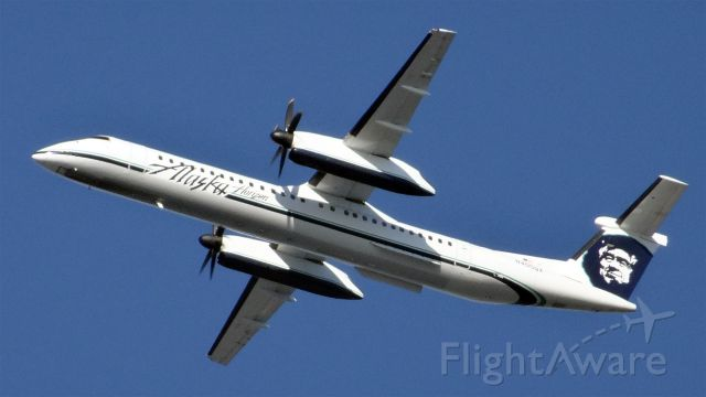 de Havilland Dash 8-400 (N405QX) - N405QX Horizon Air De Havilland Canada DHC-8-400 - cn 4047br /First Flight * Feb 2001br /Age 14.3 Years