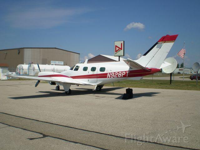 Beechcraft Duke (N928PT)