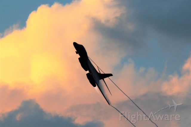 Rockwell Lancer — - A B-1 B from Dyess AFB TX  makes a Twilight Fast Pass at EAA Airventure  on 7-26-17