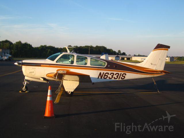 Beechcraft Bonanza (33) (N6331S)