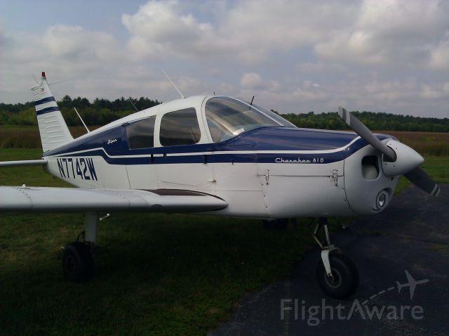 Piper Cherokee (N7742W)