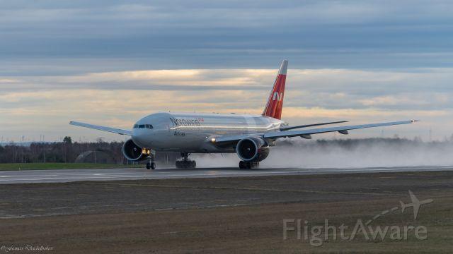 Boeing 777-200 (VP-BJJ)