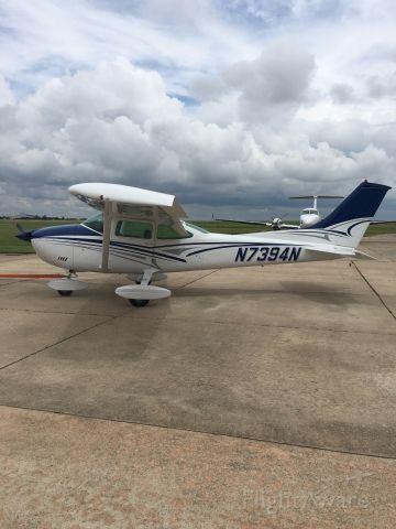 Cessna Skylane (N7394N)