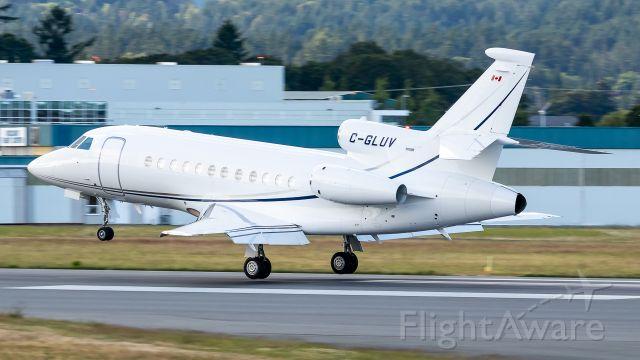 Dassault Falcon 900 (C-GLUV)