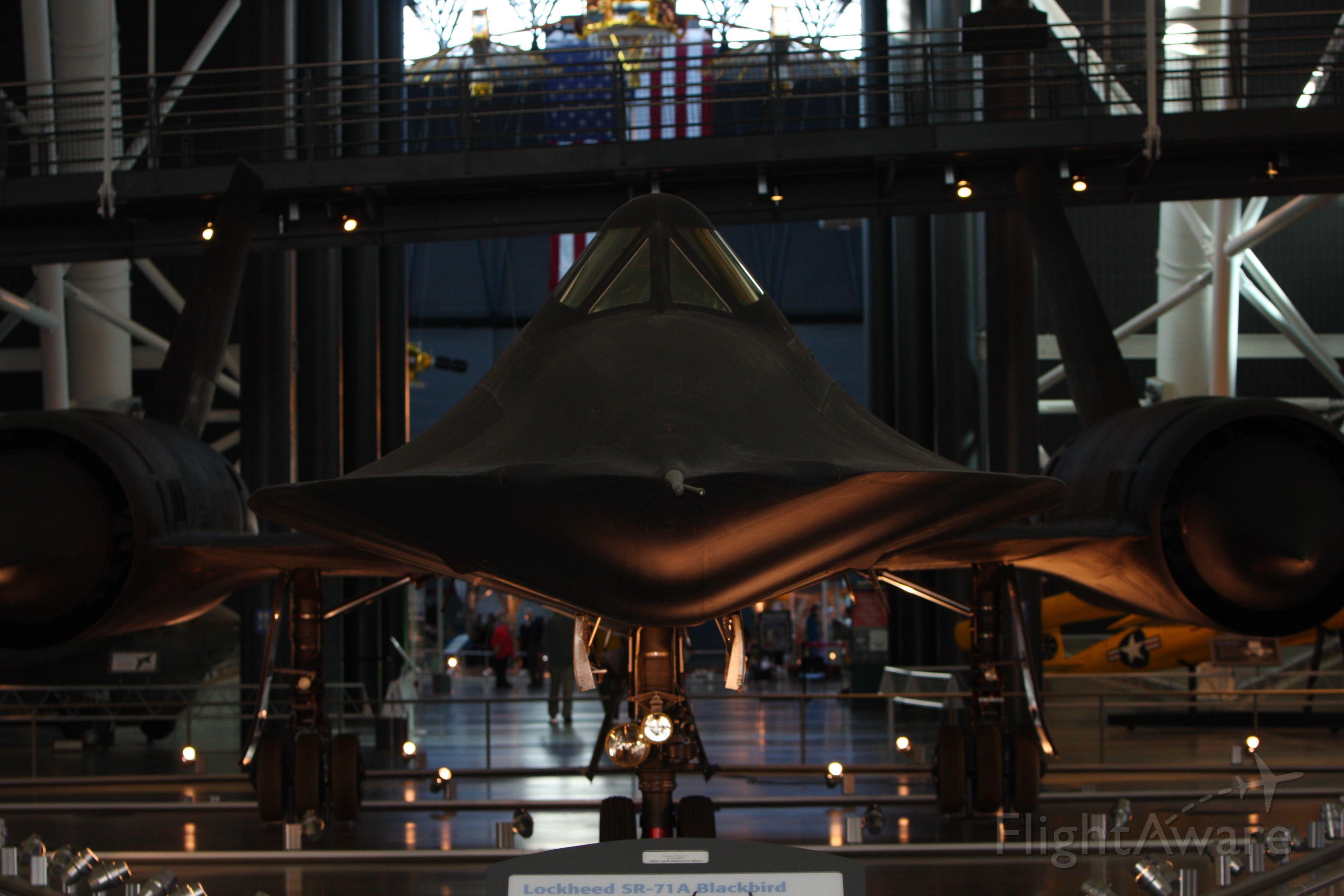 — — - SR-71 Smithsonian Air and Space Museum Udvar-Hazy Center
