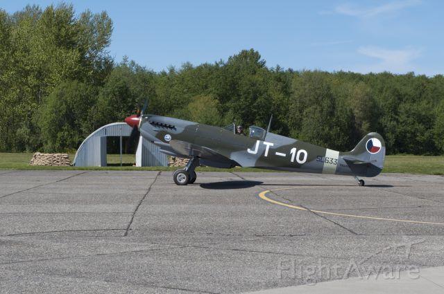 SUPERMARINE Spitfire (N633VS)