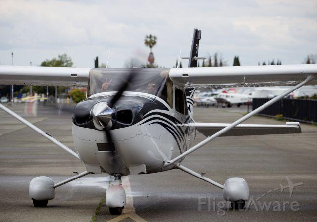 Cessna Skylane (N413CS)