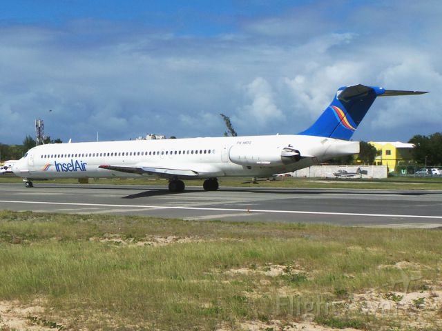 McDonnell Douglas MD-83 (P4-MDG)