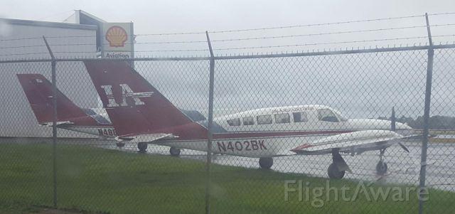 Cessna 402 (N402BK)