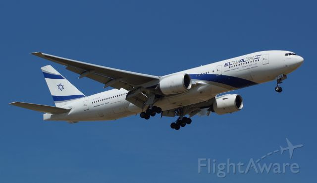 Boeing 777 (4X-ECE)