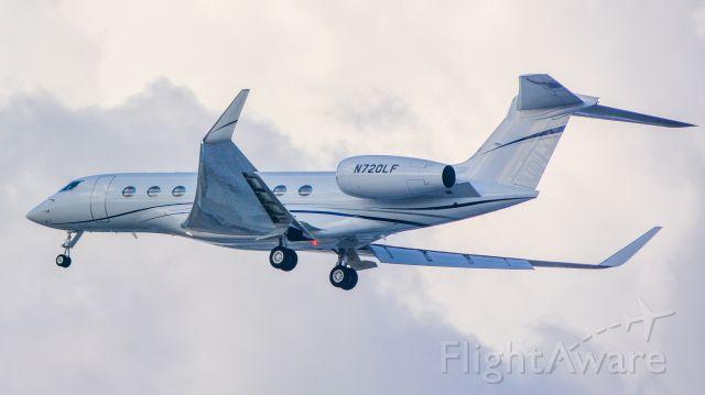 Gulfstream Aerospace Gulfstream G650 (N720LF) - this plane was a suprise, didn't saw it on the radar
