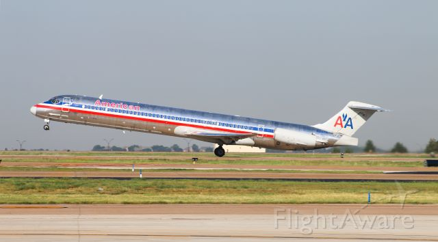 McDonnell Douglas MD-83 (N984TW) - AAL80 (Very last revenue flight for this bird)