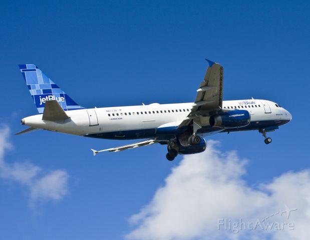 Airbus A320 (N613JB) - airbus A320-232