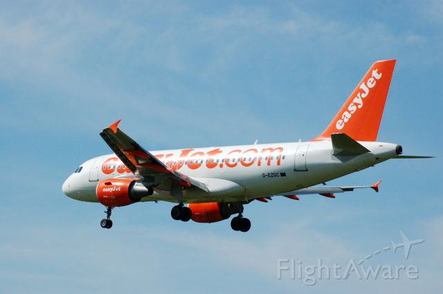 G-EZGC — - On short finals on to runway 27 17th May