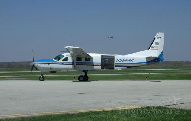 Cessna Caravan (N9529G) - one of Start Skydivings Cessna Caravan jump planes at Middletown Airport OH