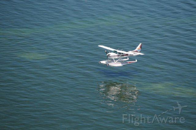 Cessna 206 Stationair (N654KW)