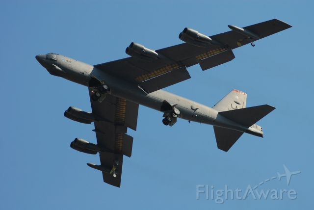 Boeing B-52 Stratofortress (56-0032) - A B-52 from Barksdale AFB doing touch-and-go landings between a B-2 and T-38 at Whiteman AFB.