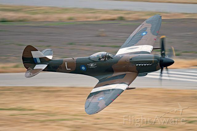SUPERMARINE Spitfire (ANA749) - NH749 Spitfire Mk14