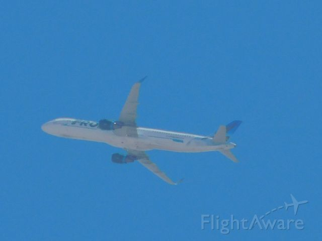 Airbus A321 (N710FR) - from my patio #frontier #aviation