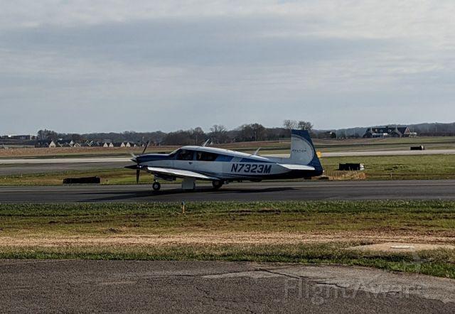 Mooney M-20 (N7323M)