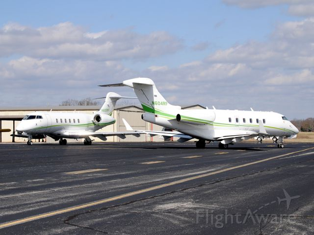 Bombardier Challenger 300 (N604RF) - N604RF and her twin N605RF were guests at the Winchester Municipal Airport and definitely know how to draw a crowd!