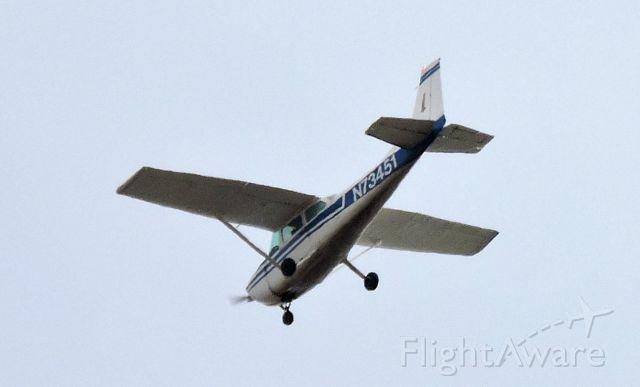 Cessna Skyhawk (N73451) - San Rafael, CA 94903, USA 9/27/2015 11:19 AM PDT