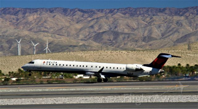 Canadair Regional Jet CRJ-900 (N813SK) - Arrival from SLC.