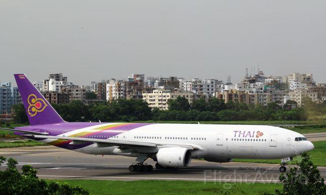 Boeing 777-200 (HS-TJB)
