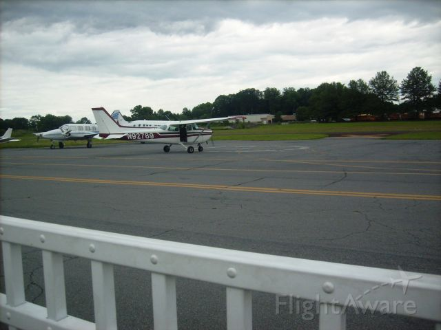 Cessna Skyhawk (N92789) - This picture shows one of the Doylestown Airports rentle planes. As you can see in the backround there was a storm comming later in the day. This photo was taken at the Doylestown Airport in Pennsylvania.