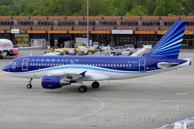 Airbus A319 (4KAZ04)