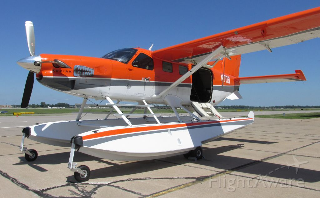 Quest Kodiak (N708) - Taken yesterday at the Moline/Quad City airport. <br />A Quest Kodiak on Aerocet 6650 amphibious floats. Operated by the Fish and Wildlife Service. They were doing aerial photography/imaging of the upper Mississippi from Cape Girardeau MO to St Anthony Falls in Minneapolis.