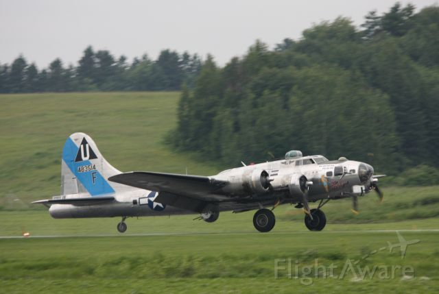 48-3514 — - Arriving at Gatineau Airport for a week-long visit to Vintage Wings of Canada