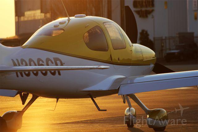 Cirrus SR-22 (N306CP)