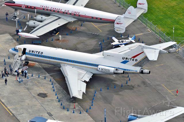 Boeing 727-100 (N7001U)