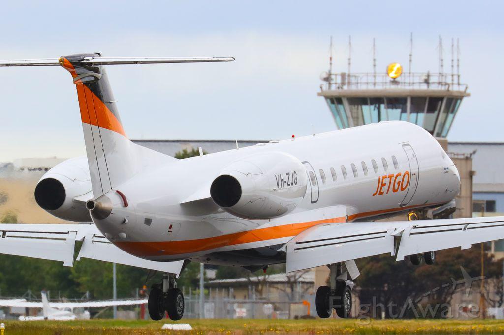 Embraer ERJ-135 (VH-ZJG)