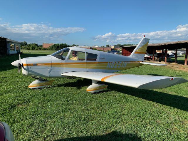 Piper Cherokee (N8251N)