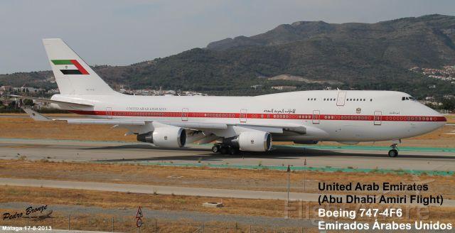 Boeing 747-200 (A6-YAS)