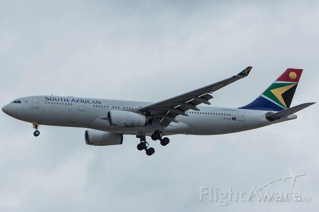 Airbus A330-200 (ZS-SXU) - South African Airways - Airbus A330-243<br />Registration: ZS-SXU<br /><br />Johannesburg (JNB) / São Paulo (GRU)<br /><br />Foto Tirada em: 14/11/2016<br />Fotografia: Marcelo Luiz