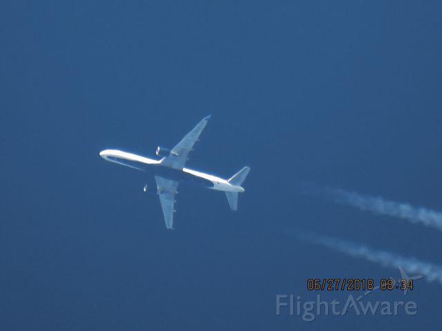 Boeing 757-200 (N669DN)