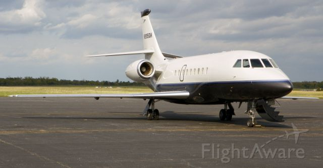 Dassault Falcon 2000 (N995GH)