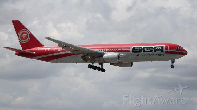 BOEING 767-300 (YV528T)