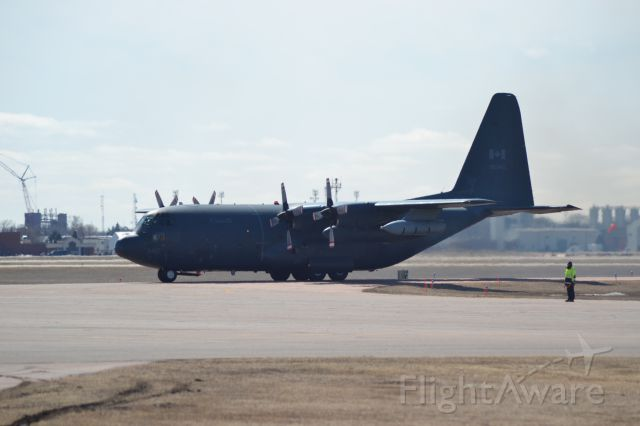 13-0340 — - Canadian Air Force CC-130 approaching GA ramp in Sioux Falls SD